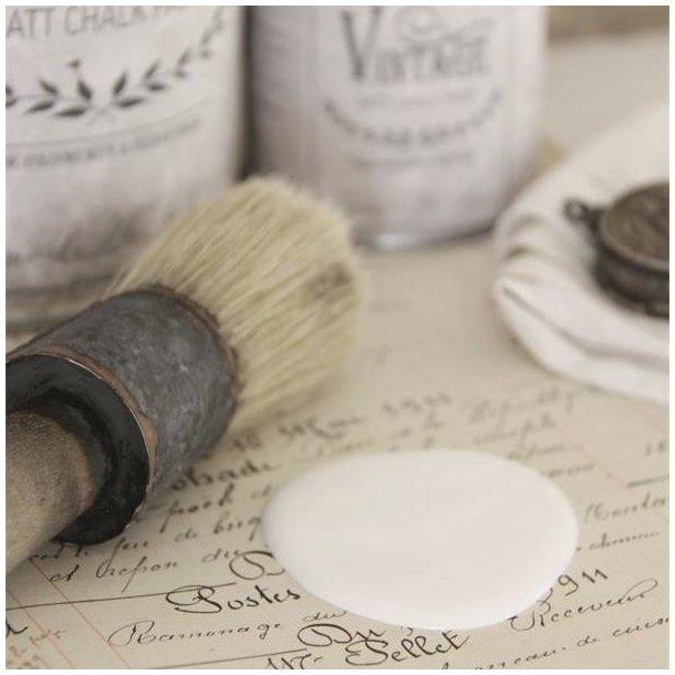 Soft cream chalk paint