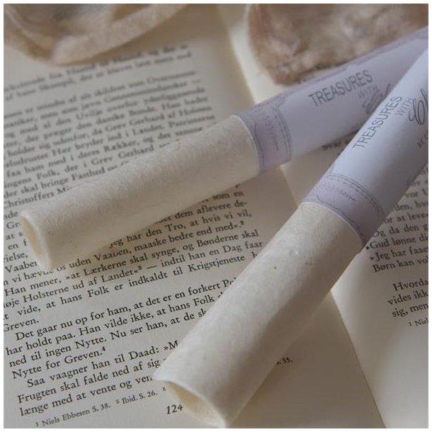 Rulle med 2 ark håndlavet papir - til de kreative
