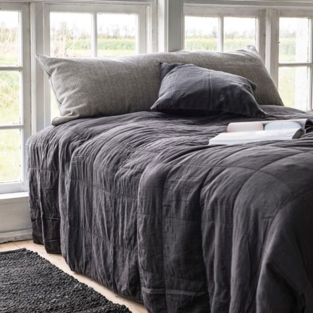 Quilt sengetæppe - mørk antracitgrå