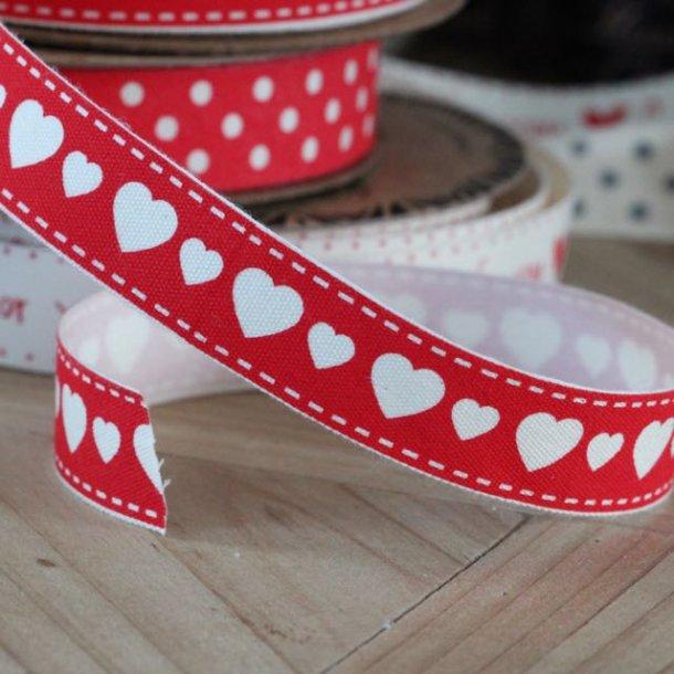 Bånd - med hjerter i rød - 5 meter