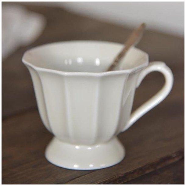 Kop i cremehvid porcelæn - med patina