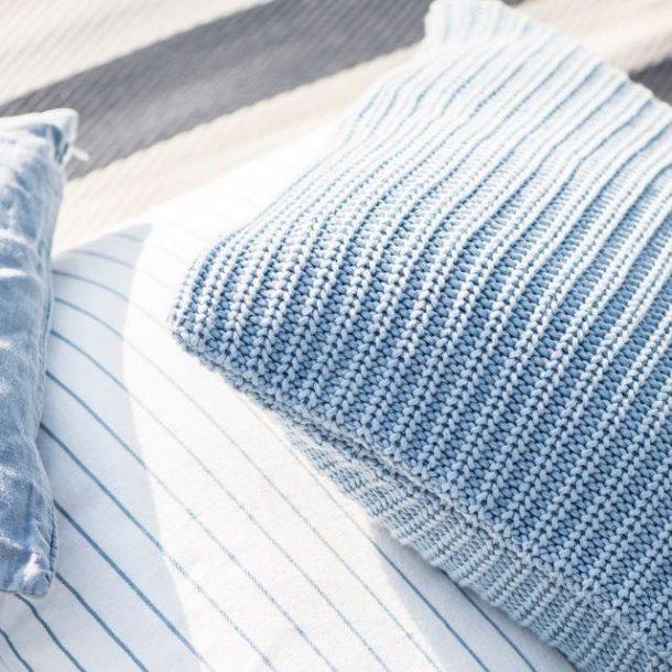 Pudebetræk - lyseblåt strik