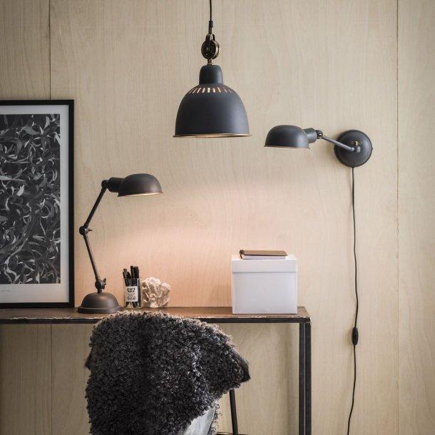 Loftslampe - industriel stil - grå metal